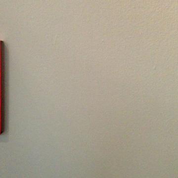 Die Wand neben einem Bild von Günther Förg in der Ausstellung 'FÖRG - Günther Förg aus der Sammlung Kopp München'